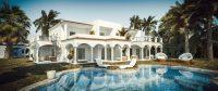 Gelukkiger leven en genieten van een villa met zwembad.